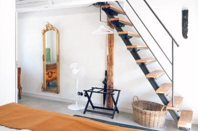 The entrance area of the Glimminge superior apartement with stylish Scandinavian interior © Coupleofmen.com