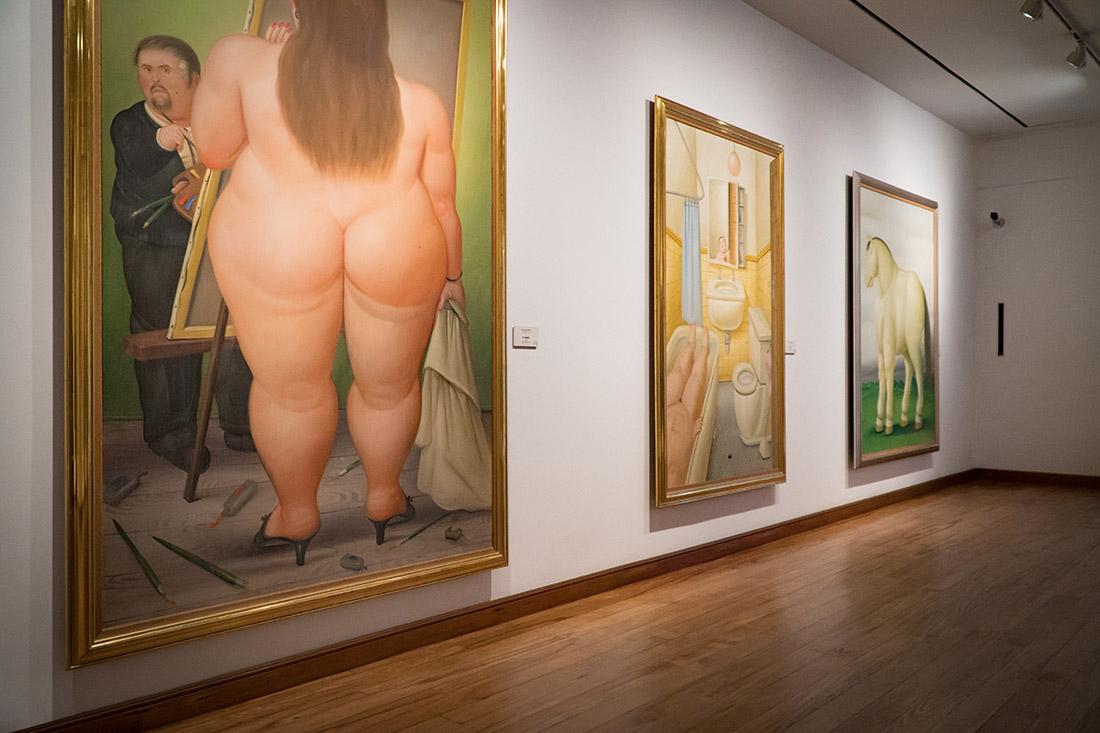 Famous paintings of a Colombian artist at Museo Botero del Banco de la Republica © Coupleofmen.com