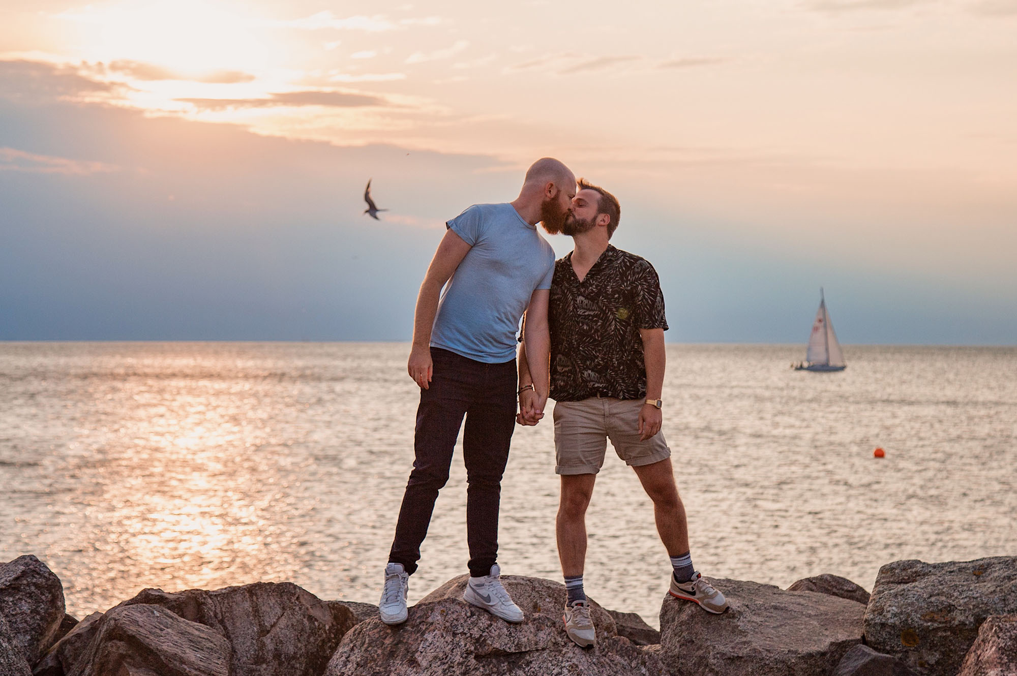 LGBTQ+ Unternehmen Support LGBT Businesses: Gay Travel Blogging in 2020 in times of a crisis © Coupleofmen.com