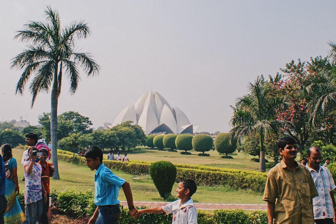 Gay Reise Indien Lotus Temple in New Delhi © Coupleofmen.com
