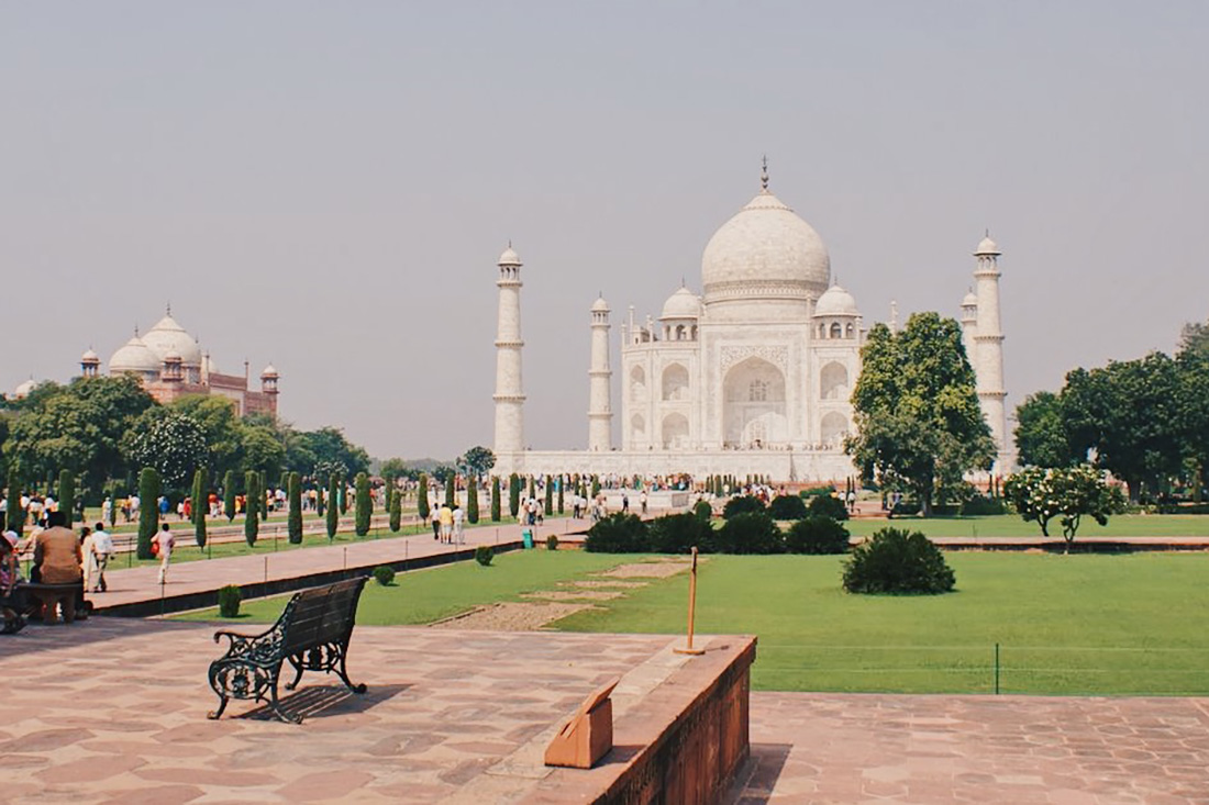 Gay Reise Indien Taj Mahal is just magical and a once in a lifetime MUST DO © Coupleofmen.com