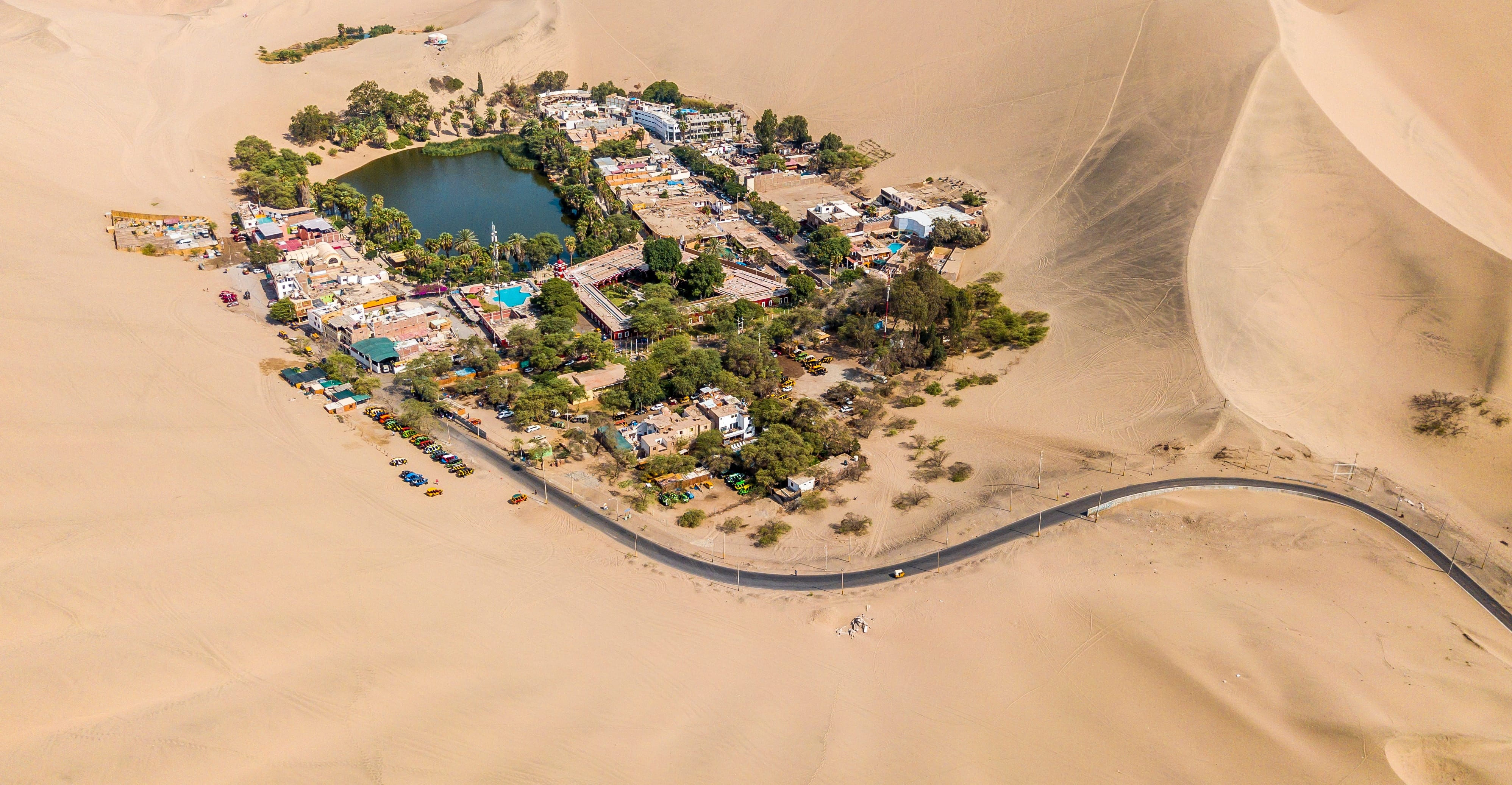 huacachina-near-ica-peru