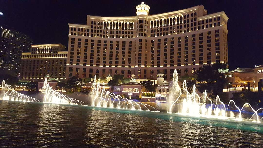 The Water Show at Bellagio, Las Vegas, one of the best free activities in Las Vegas
