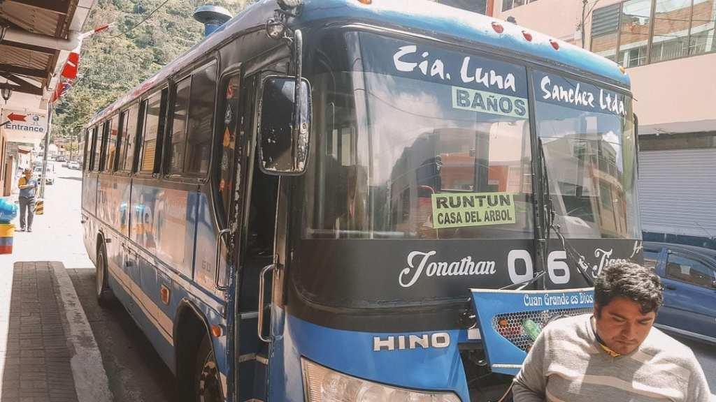 public-transport-to-la-casa-del-arbol-banos