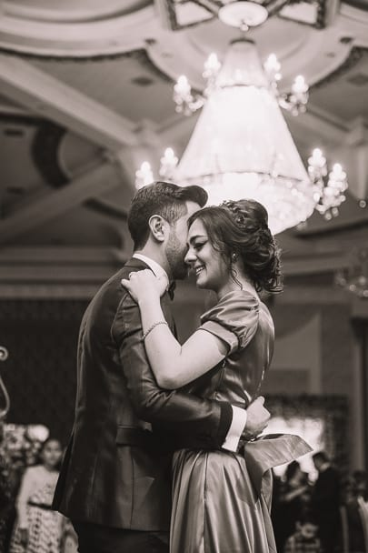 dancing-lessons-perfect-romantic-indoor-date-ideas