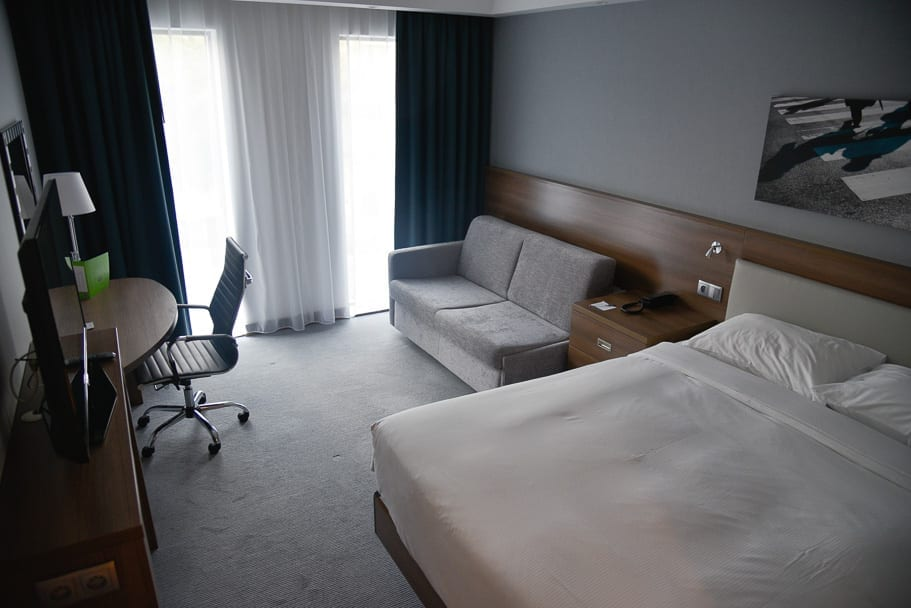 Hamption-by-Hilton-Warsaw-Mokotow-hotel-room-type