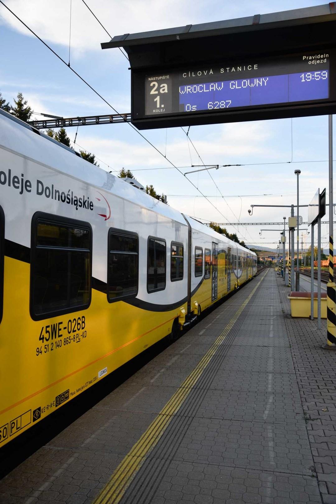 wroclaw-train-at-lichkov-station