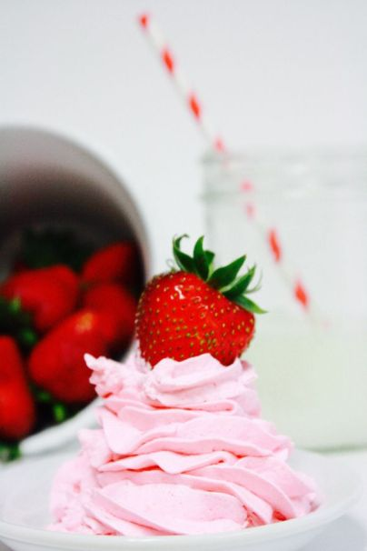 In this fluffy fruit dip recipe -strawberry & cheesecake flavors meld together - I wanted to east this with a SPOON! My kids loved it - PERFECT to go with fruit!!!