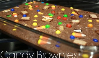 Leftover Halloween Candy Recipes: Candy Brownie Dessert