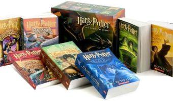 Harry Potter Paperback Box Set $15.86 (reg. $86.93)