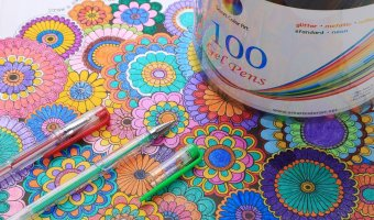 100 Colors Gel Pens Set $12.97 (reg. $17.99)