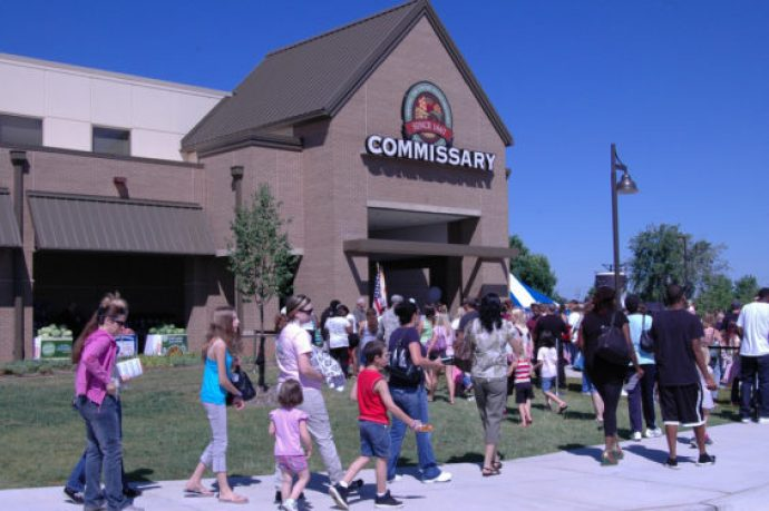 Commissary shoppers