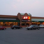 Country's Oldest Grocery Chain Goes Bankrupt