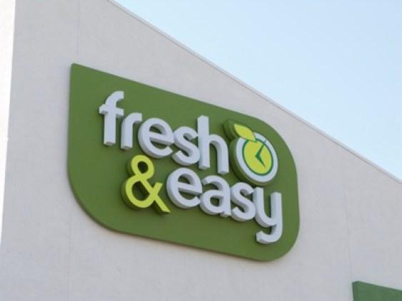 2477907925_1fdc106b21_fresh-easy
