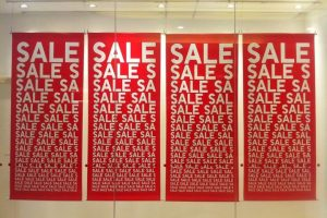"""""""Deal-Prone"""" Shoppers Spend More, Save Less – And Regret It"""
