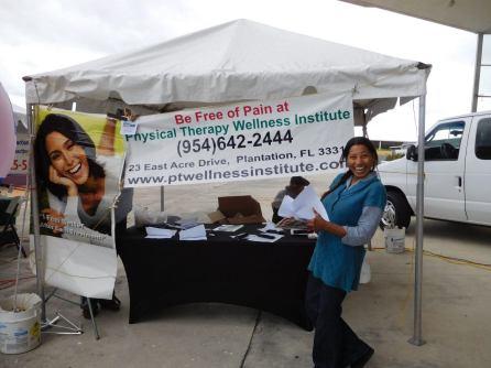 Le sourire de Laura Coppée, phytothérapeute bien connue en Floride !