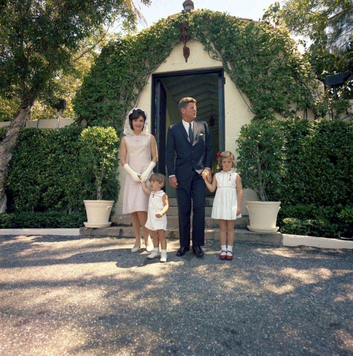 Pâques 1963 à la sortie de la messe à Palm Beach.