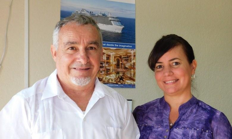 Carlos et Mariana Catarino à leur agence de voyage de Miami.