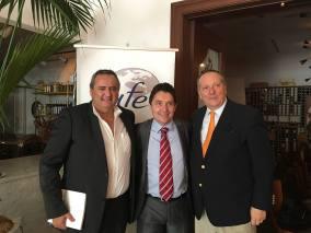 Olivier Cadic avec l'UFE Miami : le président Xavier Capdevielle (à droite), et le vice-président Franck Bondrille.