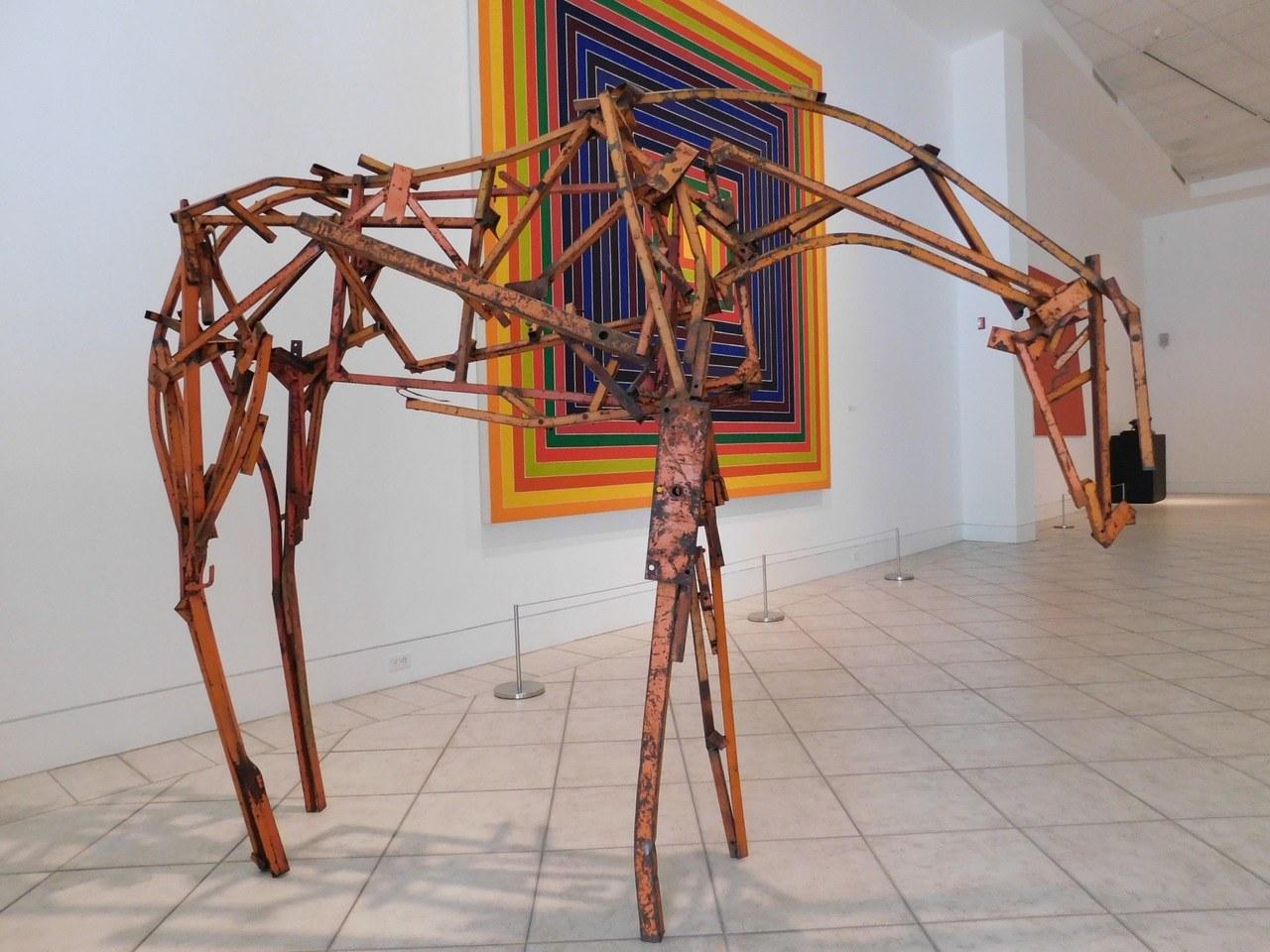 sculpture contemporaine au lowe art museum de miami le courrier de floride. Black Bedroom Furniture Sets. Home Design Ideas
