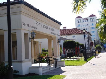 Museum of South Florida, aquarium et planetarium, à Bradenton en Floride