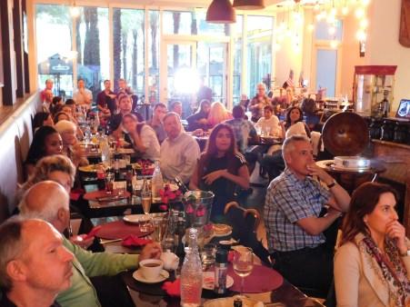 Une grande surprise chez les Français de Miami au moment des résultats (ici au restaurant Amour de Miami, dans le centre ville).