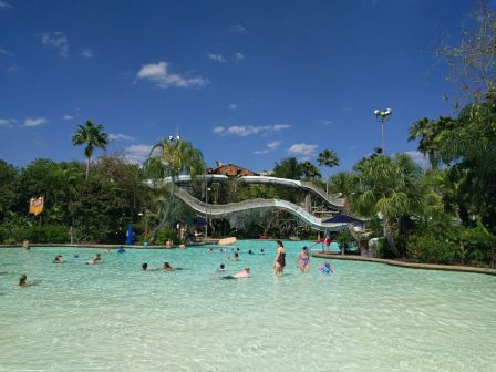 Typhoon Disney Typhoon Lagoon