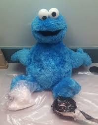 De la cocaïne cachée dans un Cookie Monster