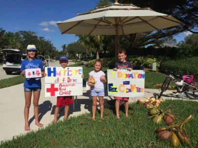 Les enfants français de Weston se mobilisant pour les victimes de l'ouragan Irma.