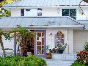 Galerie d'art à Bokeelia, village de pêcheurs et de cottages sur l'île de Pine Island, près de Fort Myers en Floride
