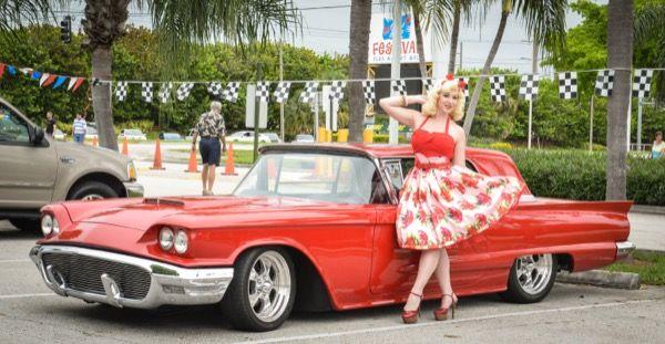 Exposition de vieilles voitures à Pompano Beach
