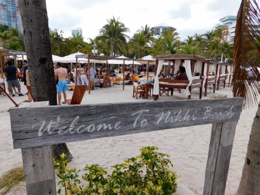 Nikki Beach, le club le plus glamour du monde, à South Beach, Miami Beach