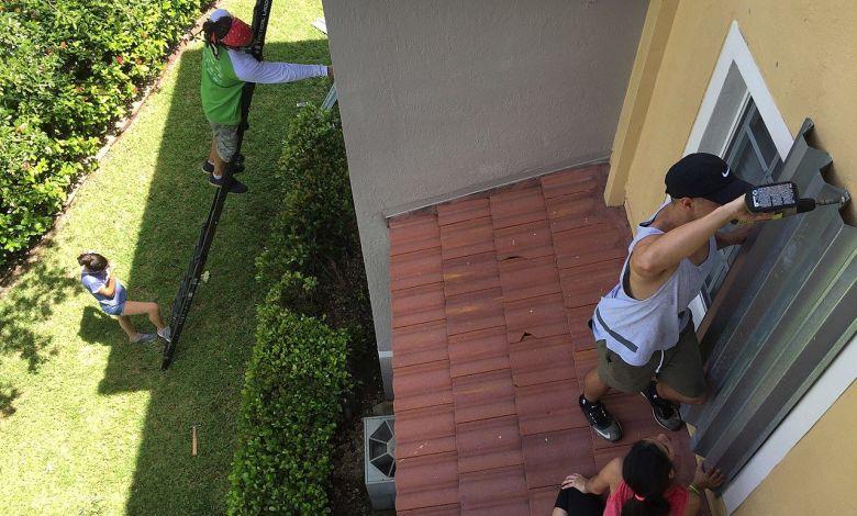 Pose de shutters, volets anti-ouragans à Miami