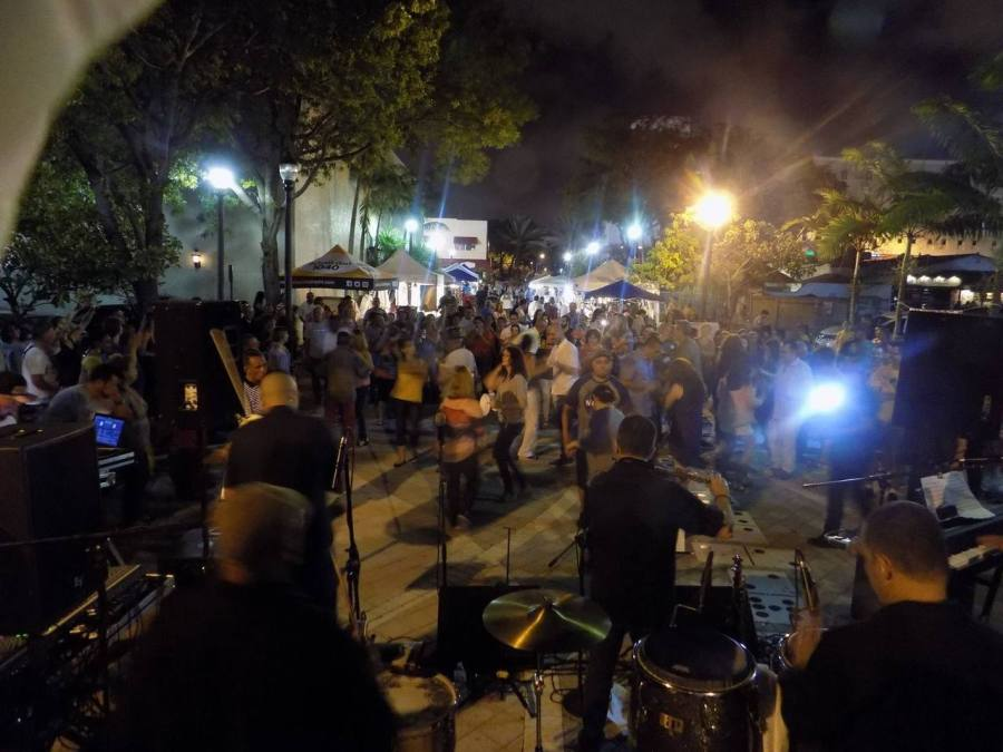 Viernes Culturales : les vendredi de musique cubaine et latino à Little Havana Miami