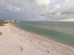 Plage de Lido Beach sur Lido Key (près de Sarasota en Floride)