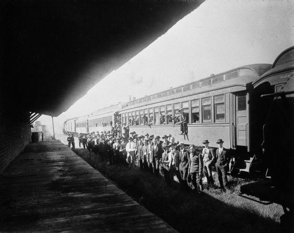 A Gainesville en 1917, les Floridiens se mobilisent.