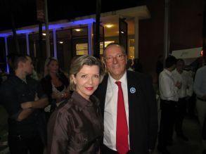Marie-Ange Joarlette et Xavier Capdevielle (conseiller consulaire et président de l'UFE-Floride)