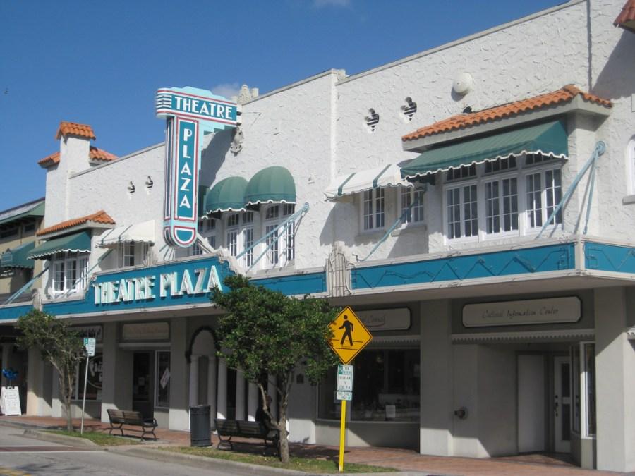 Theater Plaza à Vero Bech