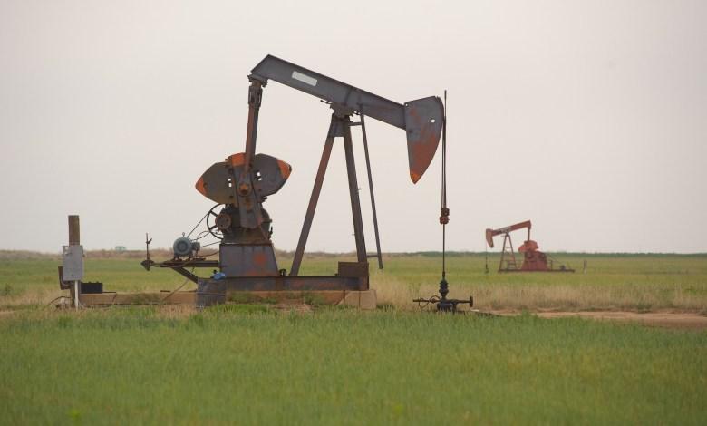Des puits de pétrole à Anson au Texas