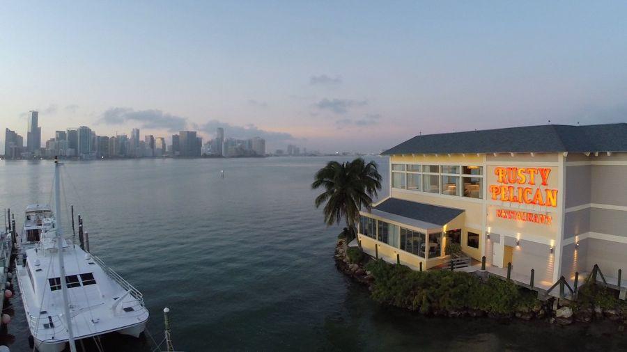 Le Rusty Pelican sur Virginia Key à Miami