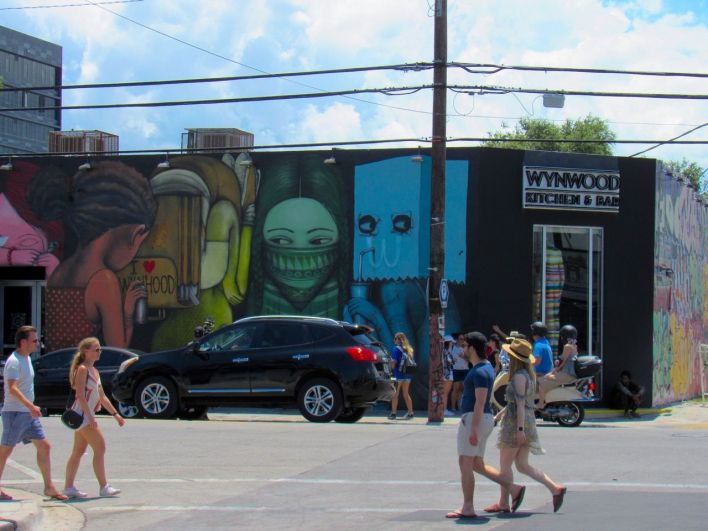 Wynwood Kitchen & Bar : un bar et restaurant qui donne sur les Wynwood Walls de Miami