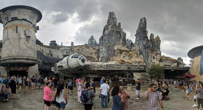 Le Millenium Falcon à Star Wars : Galaxy's Edge
