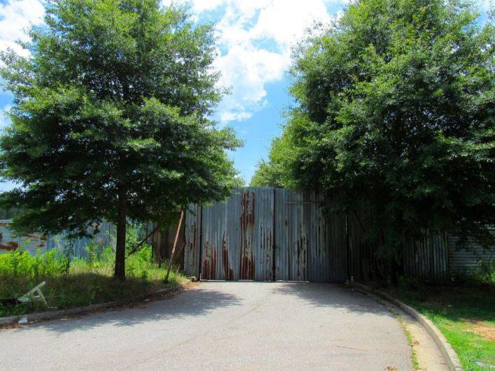 """Le site de """"Alexandria"""", là où est tourné The Walking Dead, en plein centre de Senoia"""