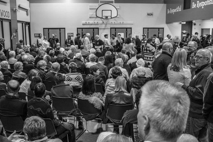 Des votants lors d'un caucus à Des Miones dans l'Iowa en 2016