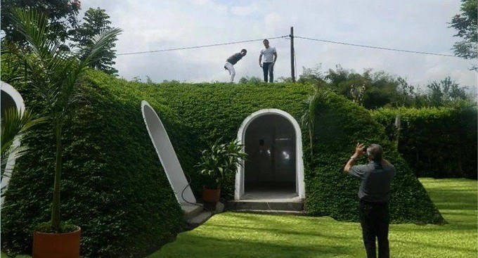 Maison de Hobbit (photo : Green Magic Homes)
