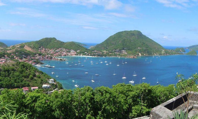 La baie des îles Saintes, près de la Guadeloupe