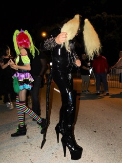 wicked-manors-wilton-manors-halloween-20169397
