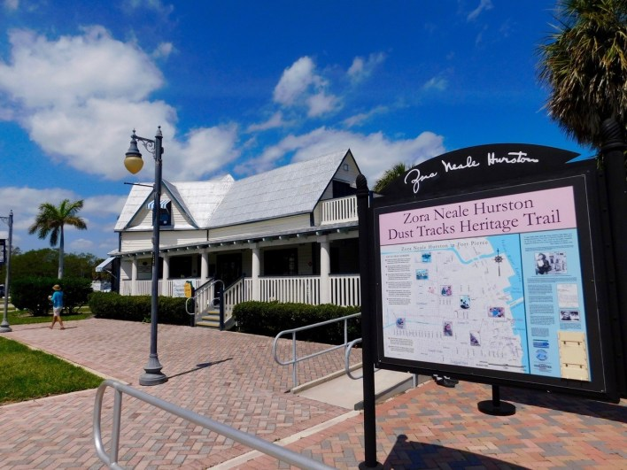 Visitor's Center / Fort Pierce