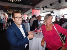 Vincent Gauthier-Doré (dir. Air Canada) et Marie Poupart (journaliste au Journal de Montréal)