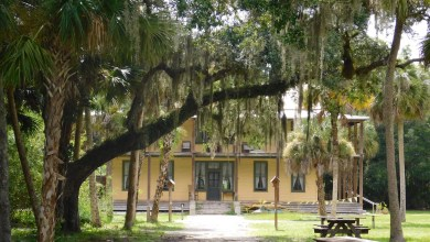 Koreshan State Historic Site (à Estero, en Floride)